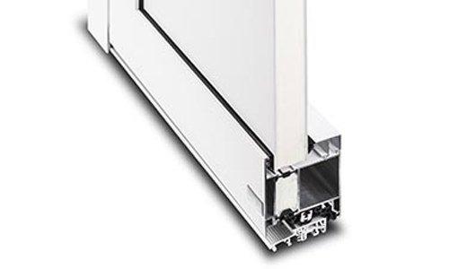 Querschnitt Aluhaustür Profilsystem KompaktPlus einseitig flügelüberdeckend außen - www.aluminium-haustueren-direkt.de
