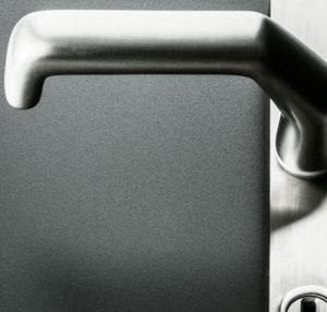 Aluhaustueren-Farbe RAL 7016 Anthrazitgrau Feinstruktur mit Griff - www.aluminium-haustueren-direkt.de